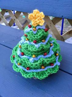 Baby Jesus Christmas Tree - free crochet pattern at The burden here is sweet