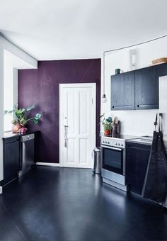 Whether is it plum, lavender or magenta, purple can be a sofisticated way to add color to your space. Here are some great examples of purple home decor. Black Decor, Grape Kitchen Decor, Accent Wall In Kitchen, Purple Home, Modern Bedroom Inspiration, Purple Kitchen Walls, Home Decor, Purple Home Decor, Paint For Kitchen Walls