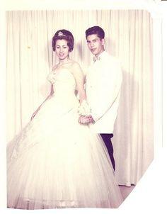 #vintage #prom #couple