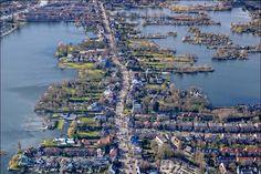 Rotterdam, Netherlands -  Hillegersberg - Straatweg met de Bergse plassen - 2014