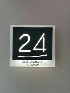 Deurbel met huisnummer en LED-verlichting. | Verbouwideetjes | Pinterest
