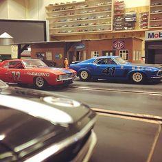 new brm slot car 1/24 american muscle trans am camaro vs mustang #molettaring #slotcar #slotcars #brmslot #brm #chevrolet #ford#mustang #camaro #ninco #transam #americanmuscle #1/24