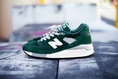 New Balance 'Hunter Green'