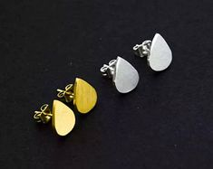 Handmade Gemstone JewelrySterlingBrassNickel silver von KqJewels Name Earrings, Stud Earrings, Stainless Steel Earrings, Types Of Metal, Silver Color, Fashion Earrings, Gifts For Mom, Mother Family, Family Kids