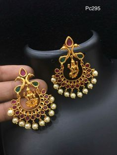 Order what's app 7995736811 Indian Wedding Jewelry, Bridal Jewelry, Beaded Jewelry, Gold Earrings Designs, Gold Jewellery Design, India Jewelry, Temple Jewellery, Jewelry Patterns, Small Earrings
