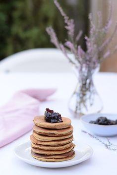 That cake sweet Pavlova, Muffins, Ricotta Pancakes, Breakfast, Sweet, Blog, Bee Sting Cake, Gram Flour, Bon Appetit