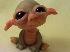 clay baby how to make trolls from polymer clay Polymer Clay Fairy, Polymer Clay Figures, Polymer Clay Sculptures, Polymer Clay Animals, Polymer Clay Dolls, Polymer Clay Projects, Polymer Clay Creations, Sculpture Clay, Polymer Clay Dragon