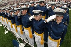 US Air Force Academy cadets - Uniforms of the United States Air Force - Wikipedia, the free encyclopedia Us Navy Uniforms, Air Force Uniforms, Military Uniforms, What A Country, O Drama, Air Force Academy, Us Air Force, United States Navy
