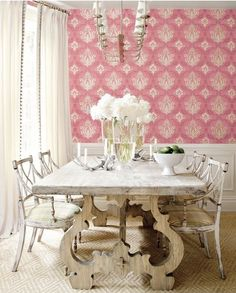 love this shabby chic dining room with this pink wallpaper/LOVE that table. Decor, Furniture, Fancy Houses, Interior, Dining Room Design, Home Decor, House Interior, Dining Room Table, Pink Dining Rooms