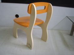 This project aimed to achieve a low cost solution for a RTA kid's furniture, using the CNC machine available.