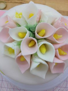 Fondant calla lillies