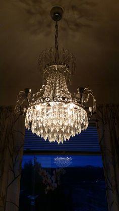 DIY sprayColoring chandelier