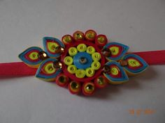 By Shweta Paper Quilling Jewelry, Quilling Craft, Quilling Flowers, Paper Beads, Hobbies And Crafts, Arts And Crafts, Paper Crafts, Diy Crafts, Quilling Rakhi