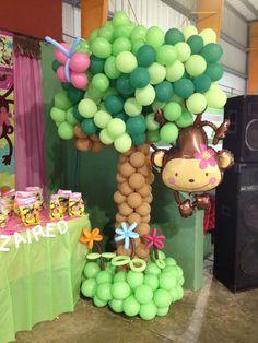 iGlobIU balloons by Magda! Balloon Tree, Balloon Crafts, Baby Balloon, Balloon Decorations Party, Baby Shower Balloons, Birthday Decorations, Baby Shower Decorations, Monkey First Birthday, Jungle Theme Birthday