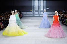 Haute Couture F/W 2014-15 Giambattista Valli See all fashion show at: http://www.bookmoda.com/?p=21121 #hautecouture #fall #winter #FW #2014 #2015 #catwalk #fashionshow #womanswear #woman #fashion #style #look #collection #paris #giambattistavalli