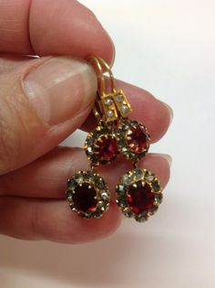 SALE Vintage Victorian 14k Gold Red Rhinestone Foilback Dangle Earrings