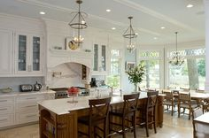 Timeless Waterfront Home - Home Bunch – Interior Design Ideas