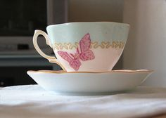 teacup | pinned by http://www.cupkes.com/