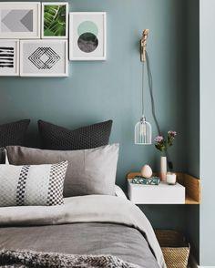 Relaxing bedroom interiors
