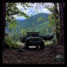 A night on the Suiattle River in the Glacier Peak Wilderness in the Hennessy Hammock. Www.grenadeacorp.com