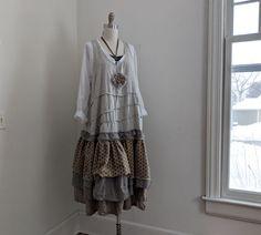 Items similar to French Prairie 'Maryse' Dress / By Breathe-Again Clothing on Etsy Breathe, Corsage, Smocking, Blouse Vintage, Jumper Dress, Slow Fashion, Women's Fashion, Pulls, Fabric Flowers