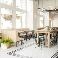 New Restaurants and Bars in Los Angeles
