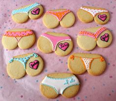 Pink Martinis and Pearls: Bridal Shower 'Tushie Cookies'!