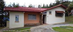 Casa en Venta en Panama Los Altos de Cerro Azul con Fabulosa vista hacia las montañas y lote plano!