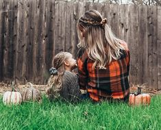 New fall scrunchies from @shopblushlilac 🖤 #mommyandme #mommylife #mommyandmeoutfits #mommyandmefashion #momanddaughter #braids #braidedhairstyles #braidstyles #braidedhair #scrunchies #scrunchy #scrunchiehairstyles #scrunchiesareback #scrunchiegang #scrunchietutorial #fallfashion #hairideas #hairinsporation #hairstyles #hair #hairgoals #matchymatchy