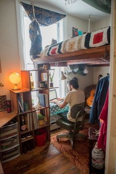 Living Large in a DIY Tiny Room