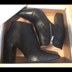 Zara ankle boots Genuine leather ankle boots, worn only couple of times. Perfect condition Zara Shoes Ankle Boots & Booties