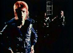 "David Bowie ""John I'm Only Dancing"" 1972 http://vimeo.com/davidbowie"