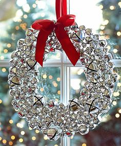 silver bell wreath with ribbon  http://rstyle.me/n/cyksupdpe