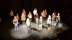 Roar -WeGlee Cast Members (+playlist)  I hear you roaring............Ci-CI  I hear you roaring.........