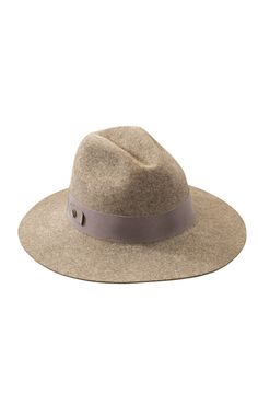 The fine light wool felt used to create this collection is produced in the USA by the Bollman Hat Company, America's oldest hat maker. Short-shear wool is shorn twice a year which gives the wool a softer smoother finish. Finished hats are blocked and trimmed to Kaminski XY specifications and made in Sri Lanka.<br /><br />Wide Flat Brim Fedora <br />8cm Brim <br />Italian Grosgrain Band <br />Size Adjustable <br />Inner Band Print Lining<br /><br />Composition<br />Main: 100% Formed Wool…