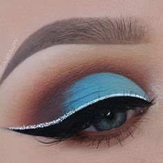 Matte Blue Gradient Makeup Look with a little bit of Glitter  Used Products: BROWS @anastasiabeverlyhills #Dipbrow Pomade in 'Taupe' & 'Medium Brown' + Tinted Brow Gel in 'Granite' LASHES @shophudabeauty @hudabeauty in 'Farah' EYES @bhcosmetics Mode