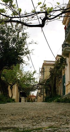 Plaka streets.. Athens, Greece (by Ana Laura Pulido on Flickr)