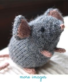diy knitting mouse