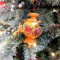 Самовары из папье-маше и ваты на елку. #самовар #ручнаяработа #игрушка #сувенир #хендмейд #новыйгод #рождество #рождественскаяелка #елочнаяигрушка #подарокПермь #чтоподарить #скульптурапапьемаше #папье_маше #игрушкиручнойработы #papiermache #handmade #Natally_art #russiandoll #Christmasdoll #KryzhanovskayaNatalia
