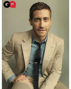 Jake Gyllenhaal. Khaki suit with chambray shirt & dark knit tie. Good combo.