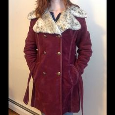 VINTAGE 1970s burgundy pea coat. Mint condition Vintage 1970s maroon pea coat in excellent condition.  The Frog Shop brand, which is a Sears, Roebuck and Co store brand.  The fabric is a faux suede. The label says 12J.  It fits my size 3 daughter well, with room for a sweater underneath.  Very cute, unique coat. Lemon Frog Shop Jackets & Coats Pea Coats
