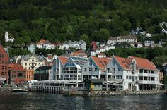 Harbour area in Bergen, Norway. Photo: Marius Fiksdal / www.bestnorwegian.com