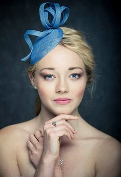 Cornflower blue.  Elegant blue pill box hat,  modern blue saucer hat, blue fascinator, party fasinator