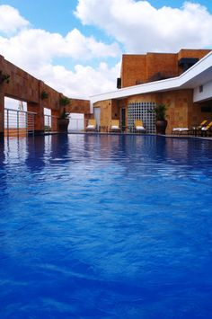 Hyatt Regency Johannesburg, South Africa - Saunas, steam rooms, hot tubs, and beauty and fitness treatments are available Hotels And Resorts, Best Hotels, Michelangelo Hotel, Steam Room, Honeymoon Destinations, Dream Vacations, South Africa, The Good Place, Architecture