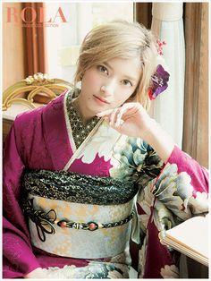 Japanese Hairstyle Traditional, Traditional Japanese Kimono, Traditional Fashion, Traditional Outfits, Beautiful Japanese Girl, Japanese Beauty, Japanese Princess, Pretty Korean Girls, Kimono Design
