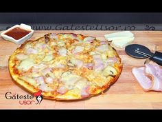 Pizza la Tigaie cu Bacon si Ciuperci - Reteta Rapida! - YouTube Hawaiian Pizza, Cheese, Cooking, Easy, Bacon, Recipes, Foods, Kitchen, Food Food