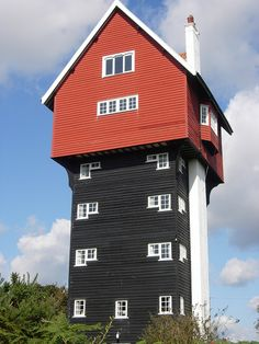The 'House in the Clouds' in Thorpeness, once a water tower is a sight to  behold. Look up and marvel #visitsuffolk