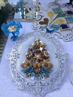 طرح های سفره عقد جدید Iranian Wedding, Persian Wedding, Iranian New Year, Wedding Decorations, Table Decorations, American Wedding, Creative Decor, Wedding Inspiration, Wedding Ideas
