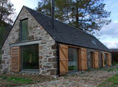 Image from http://www.busyboo.com/wp-content/uploads/barn-house-conversion-5.jpg.
