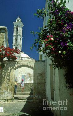 Street-scene in Kyrenia in Northern Cyprus. By Alex Cassels